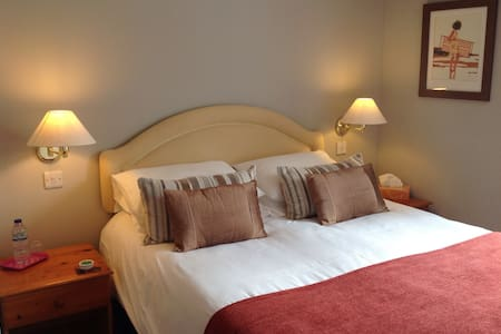 The Spinney B & B North Devon Rm2 - Bed & Breakfast