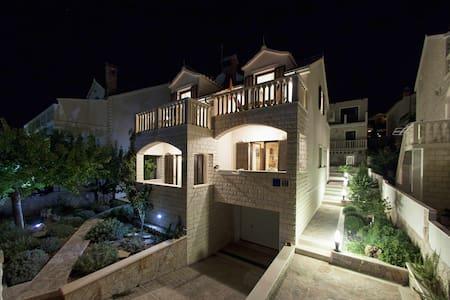 Luxurious attic apartment