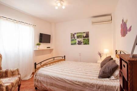Room BAJOS B near VALENCIA - Torrent - Bed & Breakfast