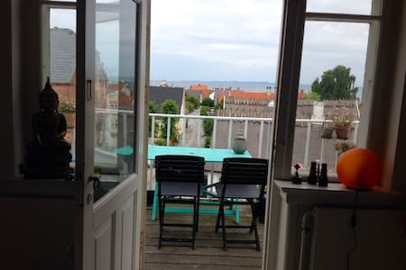 Old house from year 1898, beach within 4 minutes - Hornbaek - Villa