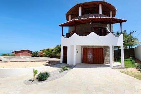 Torre Frisi - Canoa Quebrada - Hus