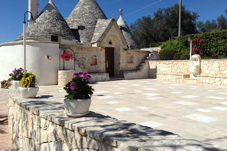 Trullo Casa Carucci with Pool - Ceglie Messapica