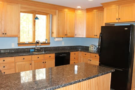 Privacy 5 Miles to Pico/Killington! - Mendon