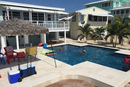 OCEANFRONT COTTAGE IN THE FLORIDA KEYS! - Dům