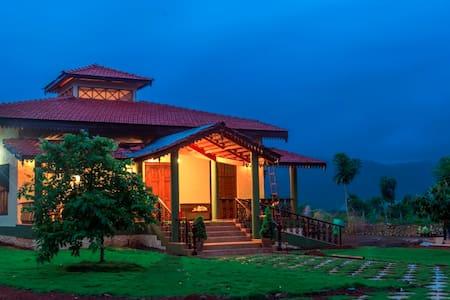 Sun Valley Villa , River View - Khopoli - Villa