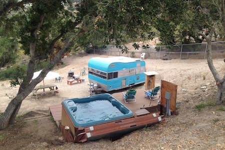 The Classic Trailer in Mesa Oaks - Karavan