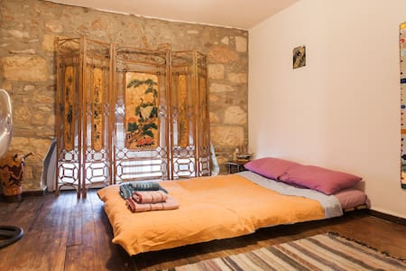 1860 historical mansion in the heart of Athens - Huis