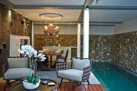 500M BEACH. 1 BR Luxury & Romantic Villa SEMINYAK - Kuta Utara - Villa
