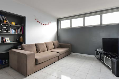 Large double bedroom in Richmond