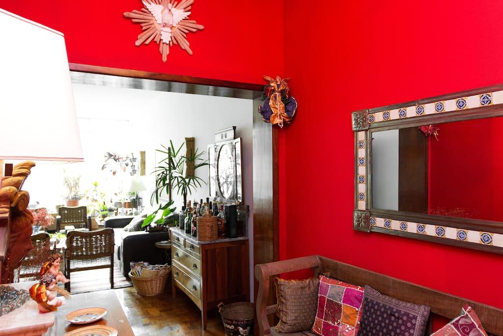 Room near AVPaulista / metro Statio