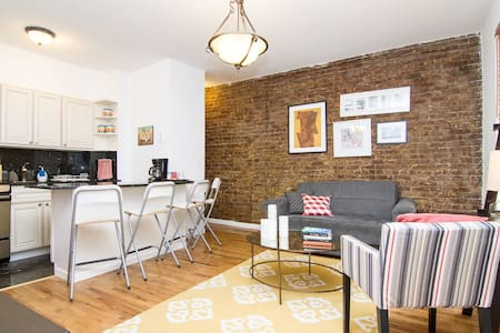 Cozy one bedroom with red brick