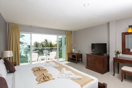 D deluxe for 2, beach and sea view - Patong - Pension