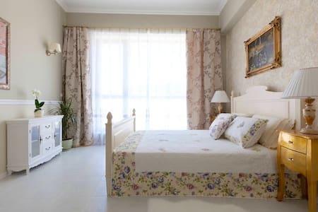 Красивая студия на 1 линии моря - Sveti Vlas - Apartment