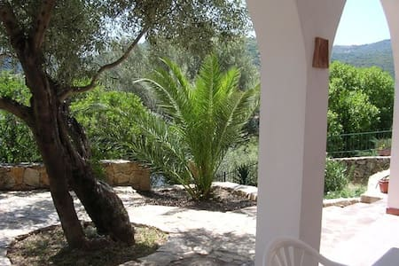 Explore Sardinia - Bed & Breakfast