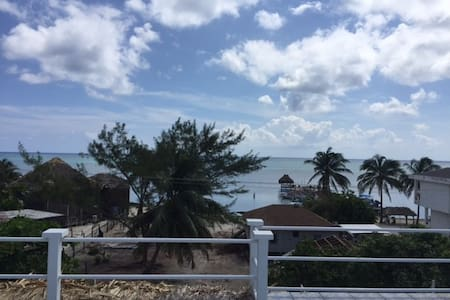 Large Private Beach-View Room in 2-bed Flat - San Pedro - Other