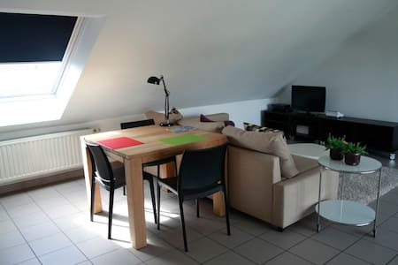 Modern Appartement in centrum Paal - Leilighet