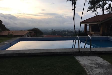 Luxury Vacation Villa  In Escazu CR - Casa