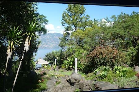 Stunning Lake View Retreat