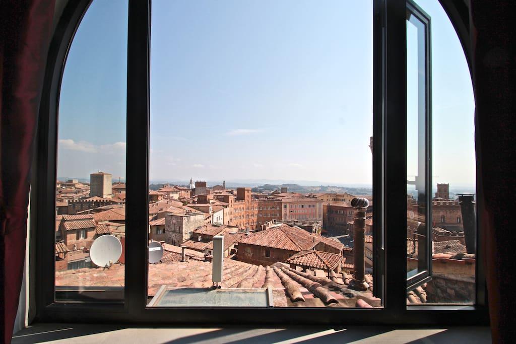 La vista che potrete godere dalle finestre.