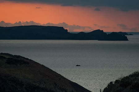 Stunning sea views, beautiful house - Tintagel - Bed & Breakfast