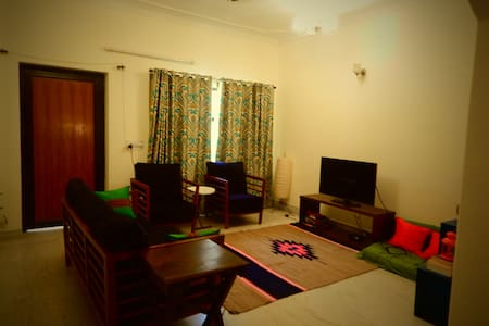A cozy homestay with Indian couple