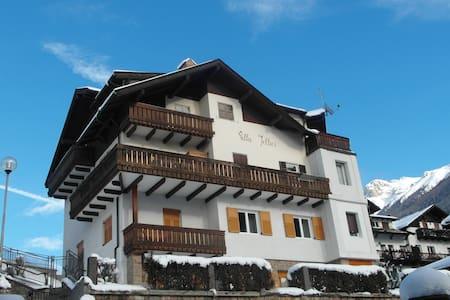 Villa Iellici - Mansarda - Moena