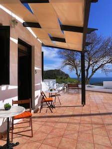 Sea View Studio in Lindos - Apartment