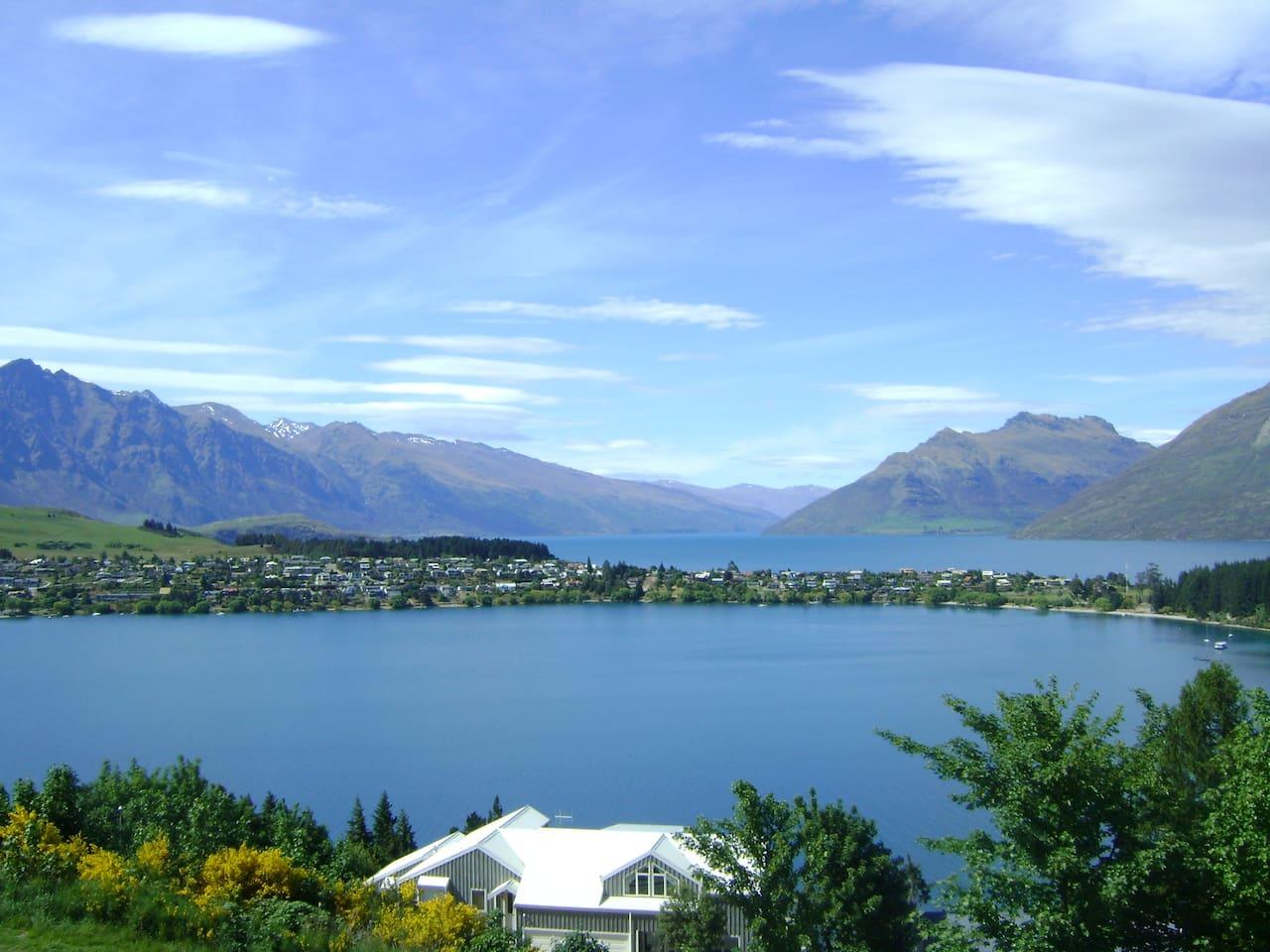 Sensational Lake and Mountain Views