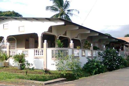 Panama - Kollégium