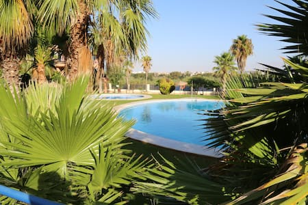 Almerimar: Sol y Playa, Luz y Tapas. - Apartament