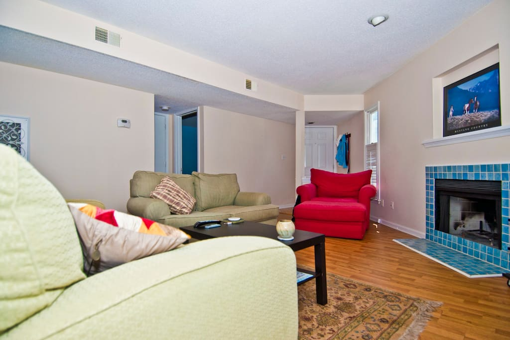 Comfy Condo in Downtown Raleigh