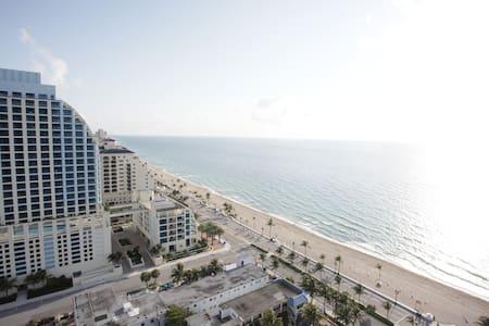 Oceanview luxury hotel suite - Fort Lauderdale - Appartement