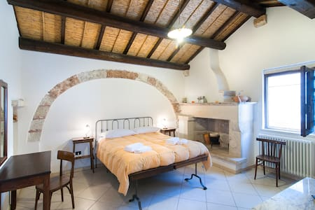 A junior suite in the old town - Bed & Breakfast