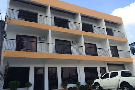 Tunasan Muntinlupa Daang Reyna Road Near Evia Mall - Apartamento