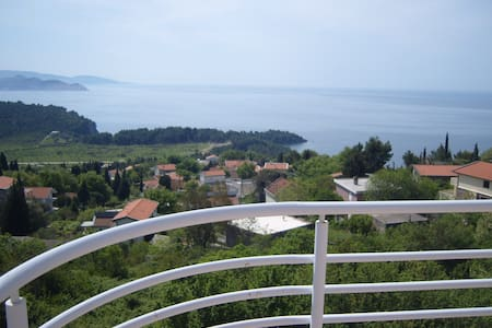 Penthouse with amazing Sea views! - Sutomore