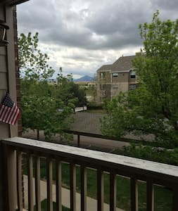 2 BR, 2 BA Apartment near Boulder! - Louisville - Apartment