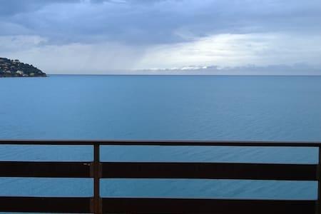 ARGENTARIO una terrazza sul mare - Porto Santo Stefano