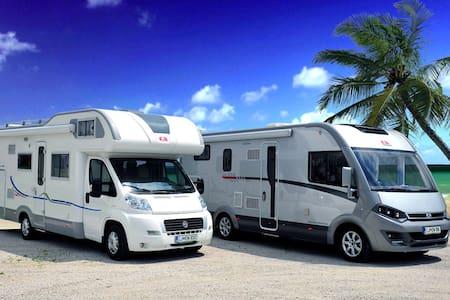 Luxury motorhome / camper /RV for 4 - Autocaravana