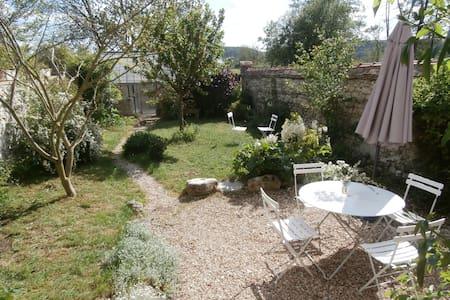 Maison pour 6 avec jardin à Giverny - House