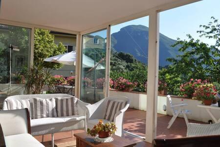 Panoramic villa in Versilia - Santa Lucia - Villa