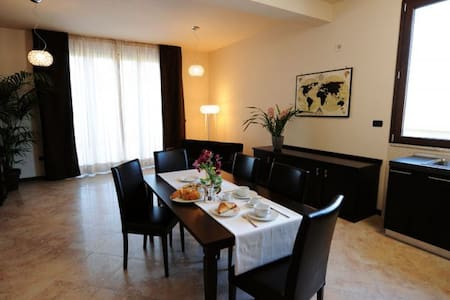 Myres Hotel Residence B&B Cassino - Cassino - Bed & Breakfast