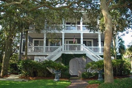#4001 Ocean Rest Home - House
