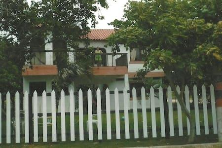 Casa en Villa de Santa Veronica - Santa Verónica - Ház