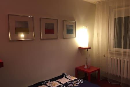 Niezależne 3 pokojowe mieszkanie - Apartment
