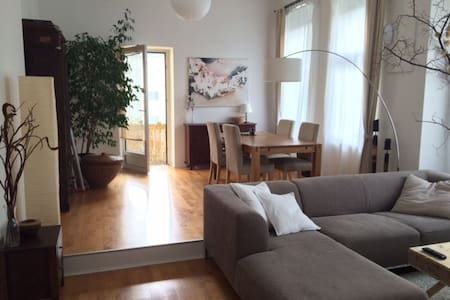 flat in the centre of west-Berlin - Berlin - Apartment