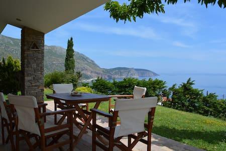 Evia stunning villa breathtaking views - Korasida - Hus