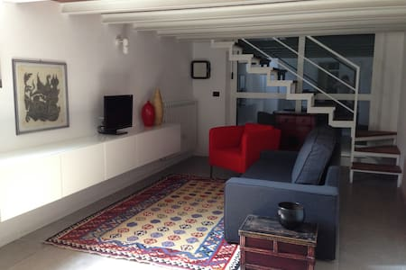 Lovely loft, recently renovated. - Settimo Milanese