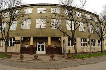 Hostel Brankovo Kolo is only 1 km away from Exit festival and city center which makes it perfect place for stay during festival.  Rooms are 1/2 with bathrooms on every floor.
