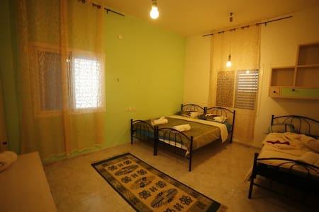 Family-run guesthouse in Cana - כפר כנא
