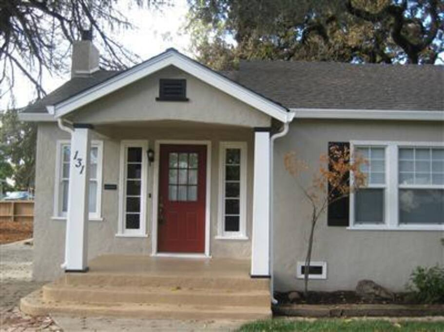 Cute Home in Downtown Modesto!